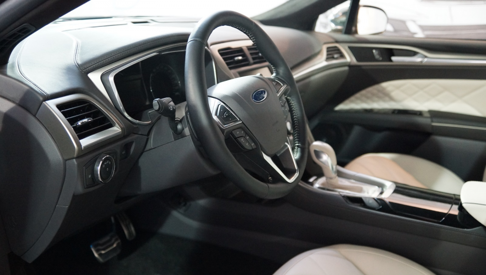 Από τη Ford τα πρώτα αυτοκινούμενα οχήματα της Google