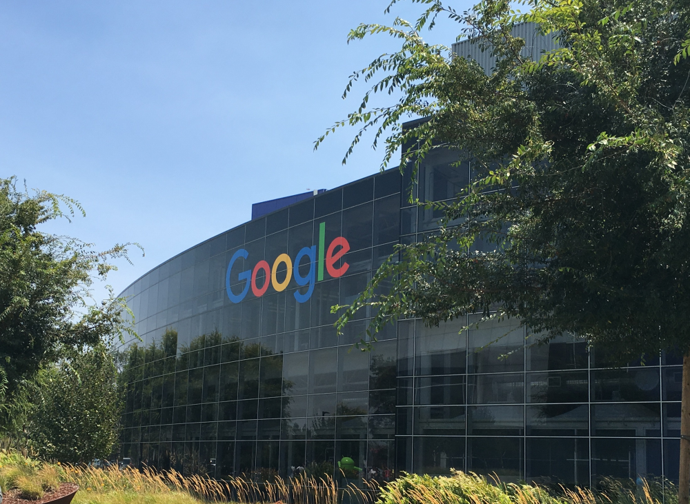 Google: 25 εκατομμύρια για την καταπολέμηση των fake news