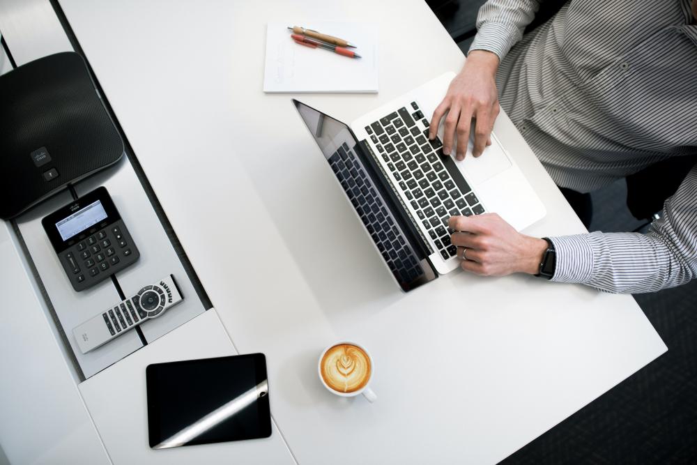 Cosmote: Internet χωρίς διακοπές για τις επιχειρήσεις