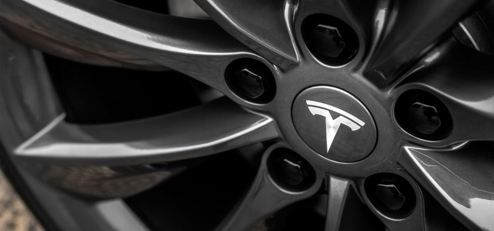 Ναι, ιδρύθηκε εταιρεία Tesla Greece