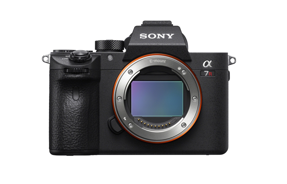 Sony α7R III review