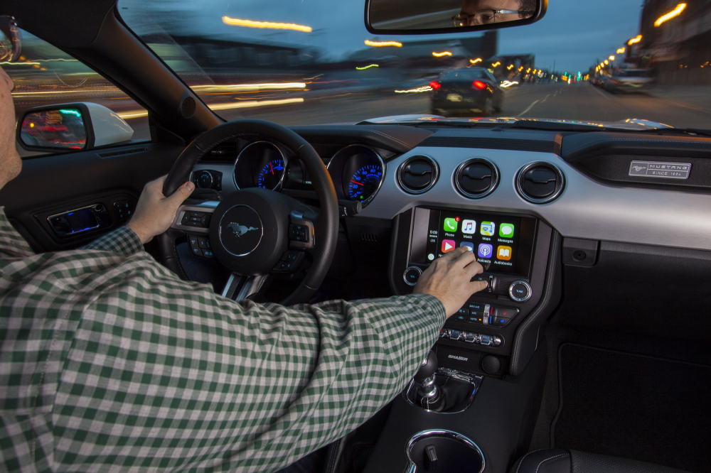 Apple CarPlay και Android Auto στα αυτοκίνητα της Ford