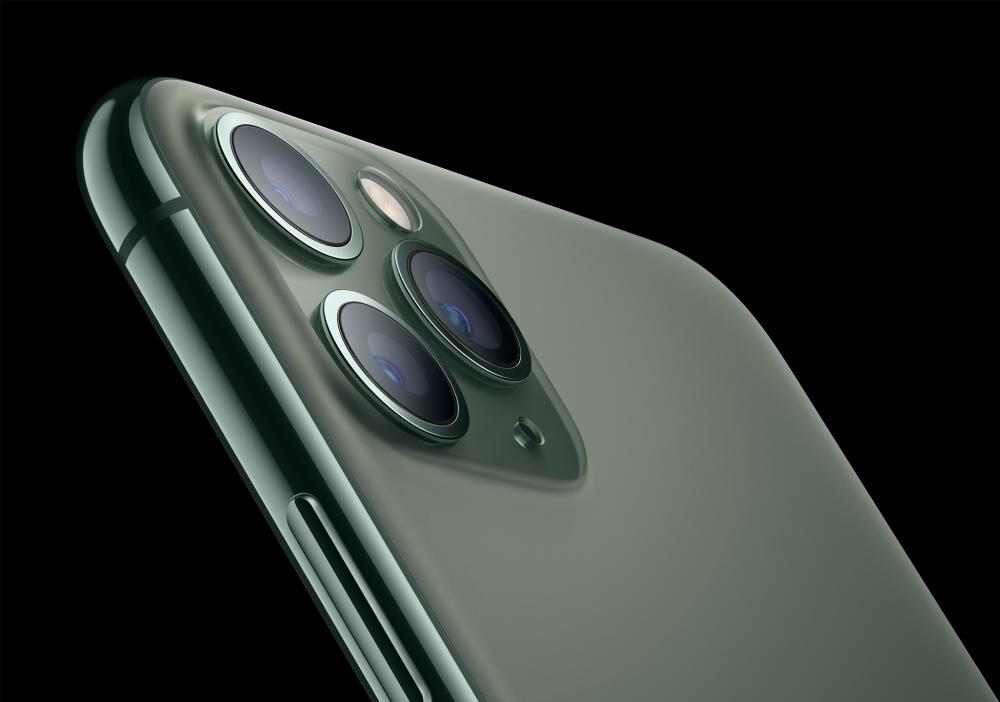 Εξαντλήθηκαν τα νέα iPhone 11 από την ελληνική αγορά