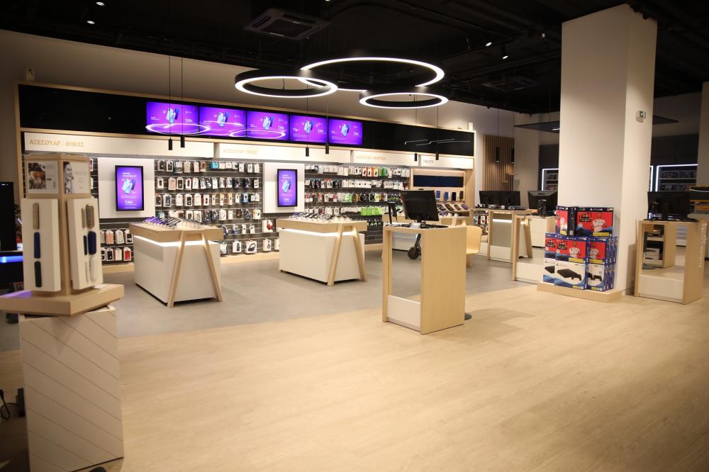 Ανοικτά επιλεγμένα καταστήματα των δικτύων Cosmote και Γερμανός