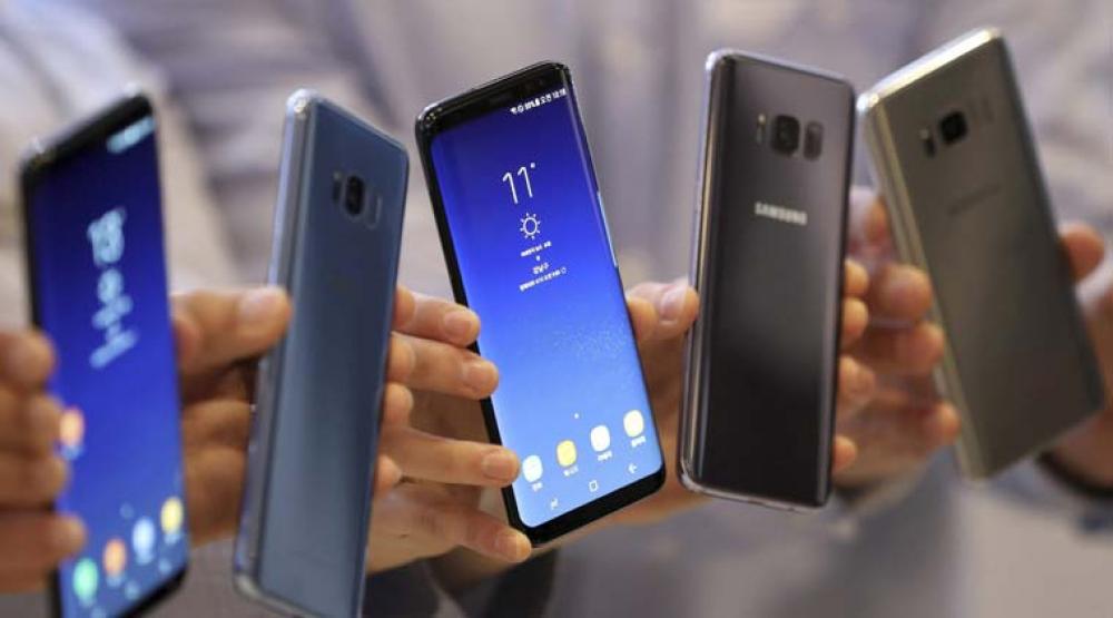 Ο καταναλωτής στρέφεται στα ακριβότερα smartphones