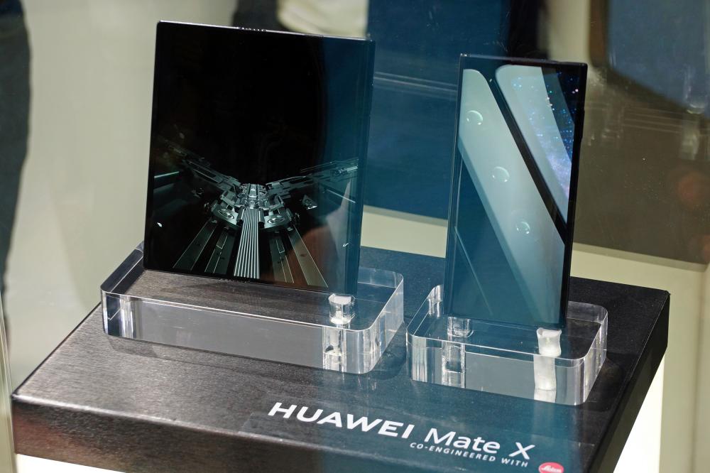 Tο αναδιπλούμενο Huawei Mate X έρχεται Σεπτέμβριο