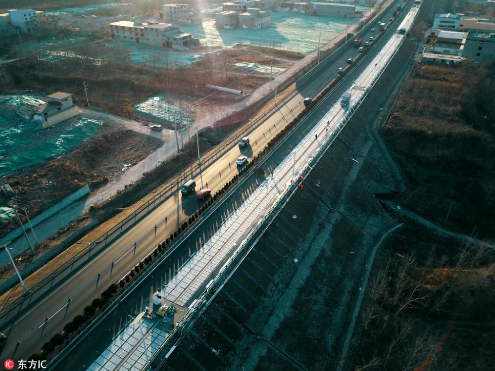 Φωτοβολταϊκός αυτοκινητόδρομος στην Κίνα