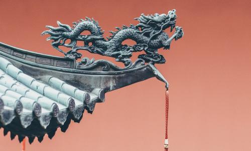 Η Κίνα τα βάζει με τους μεγάλους του διαδικτύου