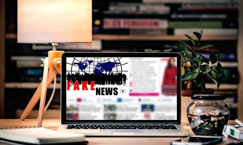 Τέλος οι διαφημίσεις για τα fake news στο Facebook