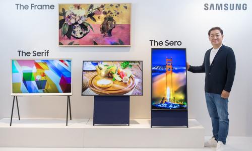 Τηλεόραση που περιστρέφεται παρουσίασε η Samsung