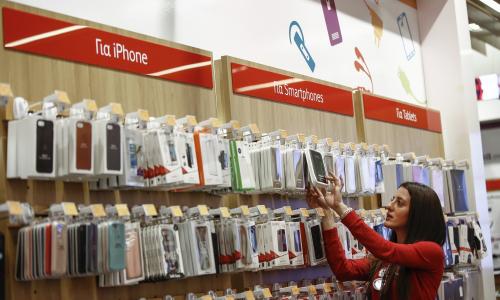 Μειωμένες τιμές έως 60% σε αξεσουάρ από τη Vodafone
