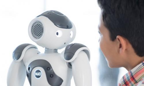 Νέα ρομπότ για επιχειρήσεις και καταναλωτές φέρνει στην Ελλάδα η Mobile Technology
