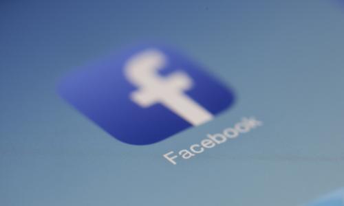 Περνάει η μπόρα για το Facebook