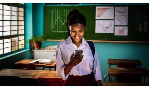 7 εκατομμύρια ευάλωτες έφηβες σε οκτώ χώρες για ένα καλύτερο μέλλον