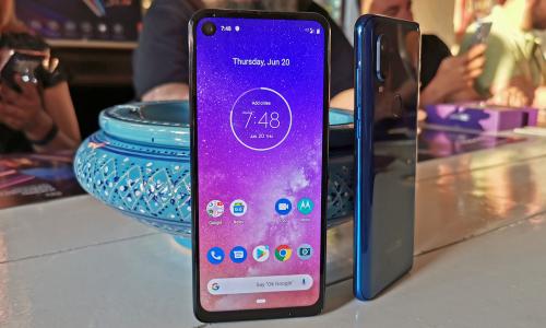 Motorola One Vision: κυκλοφορεί την επόμενη εβδομάδα στα 299 ευρώ