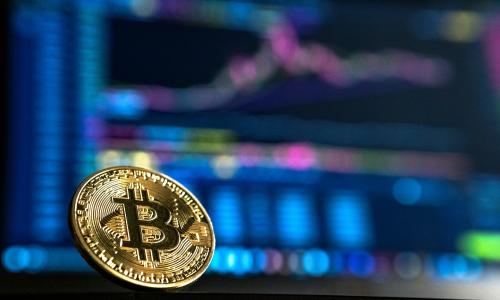 Πάνω από τα 50.000 δολάρια το Bitcoin