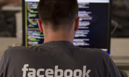 Facebook: αναστολή λειτουργίας δεκάδων χιλιάδων εφαρμογών που συνέλλεγαν προσωπικά δεδομένα
