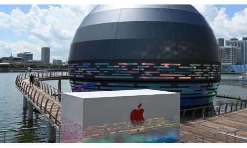 Πλωτό το νέο κατάστημα της Apple στη Σιγκαπούρη