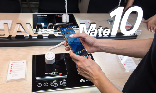 Ελληνική πρεμιέρα για το Huawei Mate 10 Pro στις 20 Νοεμβρίου