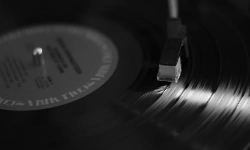 Θετικά σημάδια για τη μουσική βιομηχανία