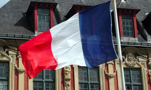 Γαλλική καμπάνα στην Google