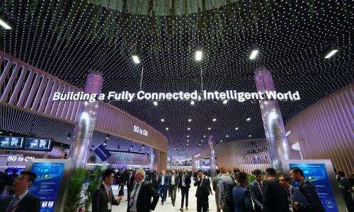 55 δισ. ευρώ το επιπλέον κόστος του 5G στην Ευρώπη αν αποκλειστεί η Huawei